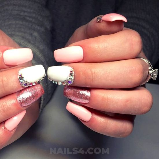 Glamour and dainty gel nails design - diy, nail, nailidea, lovely, art
