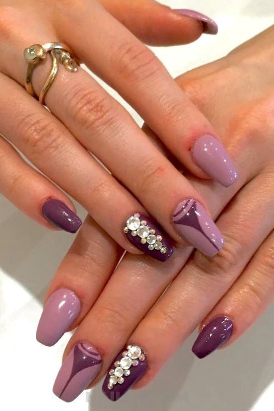 Lovely classy nails design - nail, diynailart, naildiy, hollywood