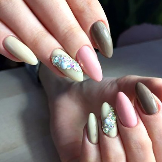 My super ceremonial acrylic nails trend - glamour, nailart, nailstyle, best