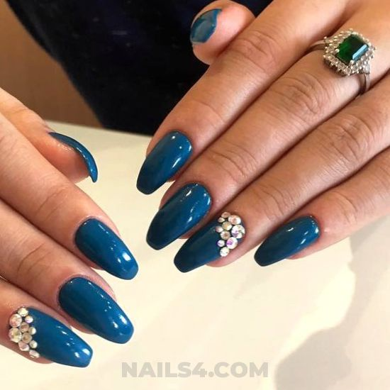 Orderly & elegant acrylic nails idea - nailidea, nail, delightful, smart