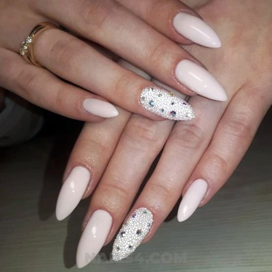 Simple and birthday acrylic manicure art design - star, diy, nailart
