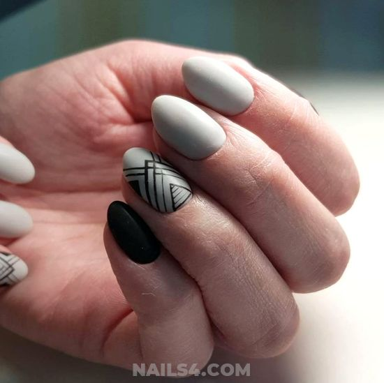 Awesome And Neat Acrylic Nails Design Ideas - delightful, party