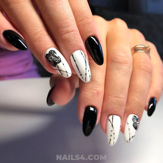 Chic Lovable Acrylic Nail Trend - star, selfnail, best
