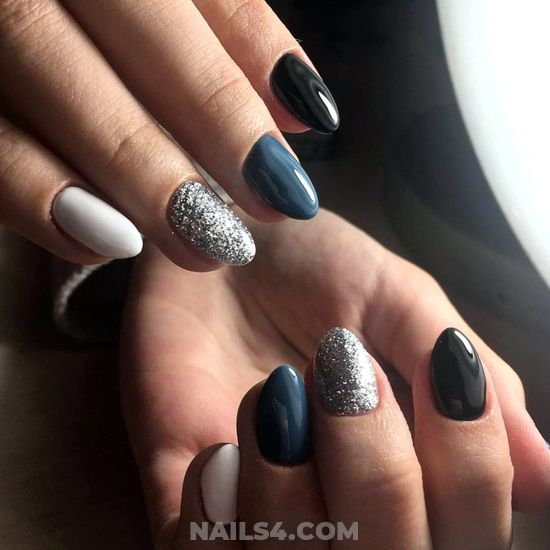 Cute And Perfect Nail Ideas - nails, nailartdesign, star, charming