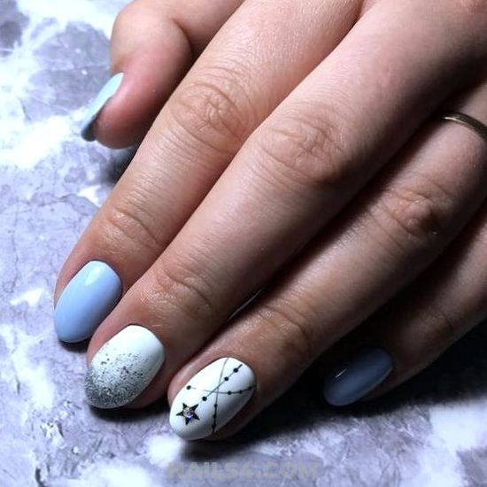 Stately & Chic Gel Nails Design Ideas - nails, naildesigns, artful, naildiy