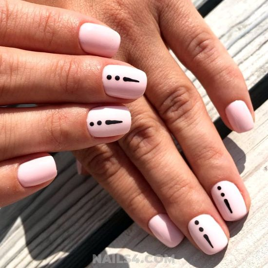 Loveable And Classy Acrylic Manicure - gel, selfnail, diy, graceful