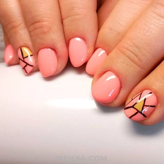 Loveable & Classic Gel Nail - trendy, best, magic, naildesign, nail