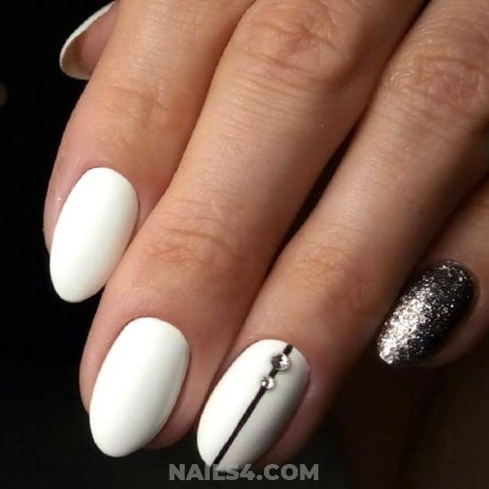 Enchanting & Hot Nails - photoshoot, shiny, nail, nailstyle