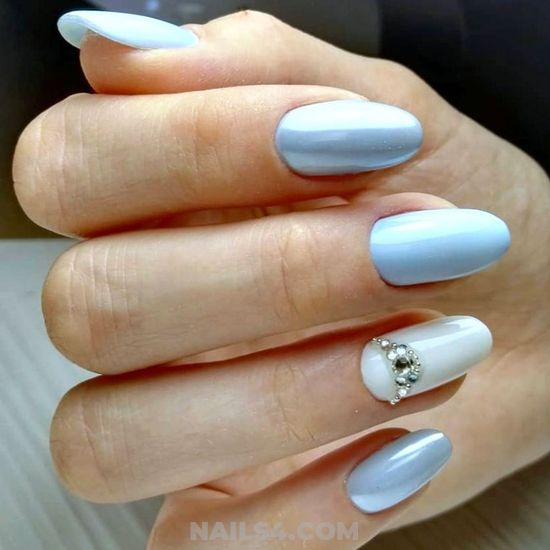 Glamour & Girly Nails Design - neat, nailstyle, dainty
