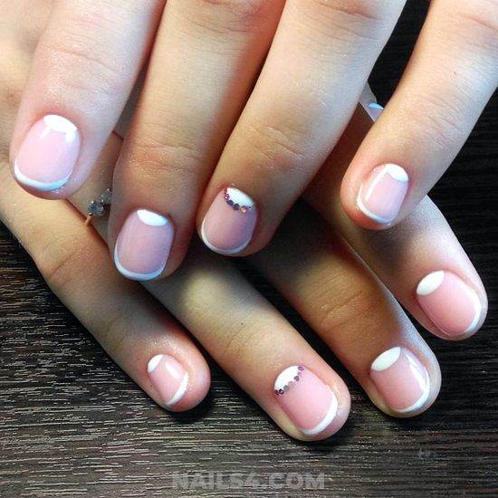 Loveable And Beautiful Acrylic Manicure Ideas - diy, art, naildesigns